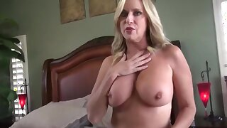 Amazing milf anent hot body gets creampie from her stepson
